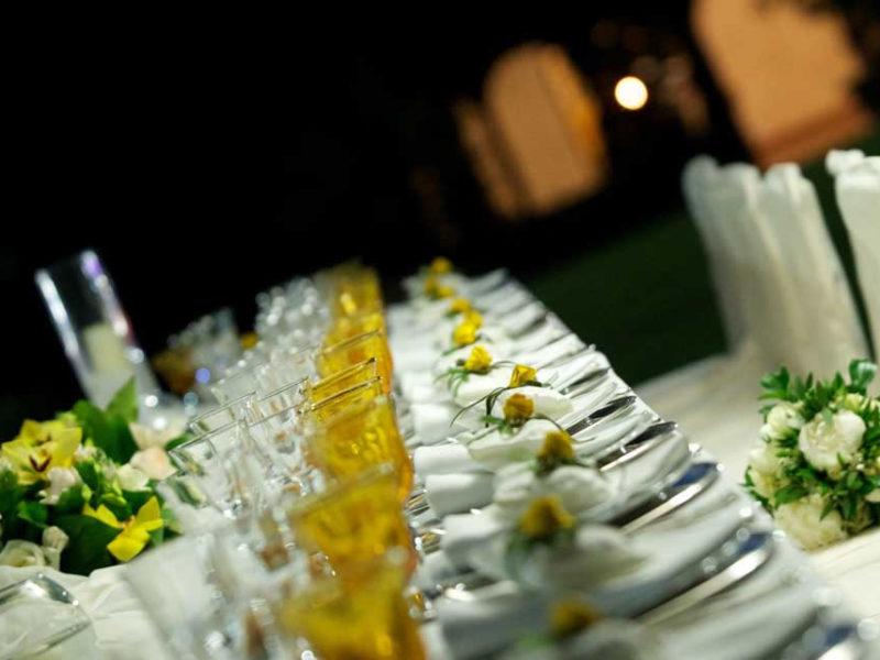 Tavolo reale meeting modello primavera